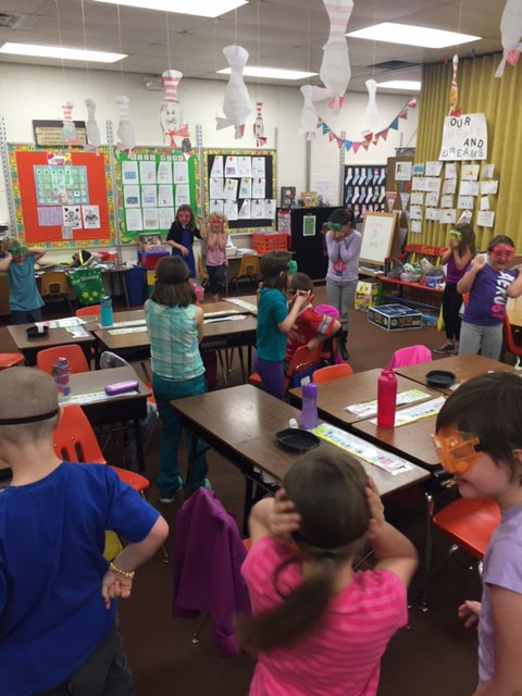 First graders learned about states of matter thanks to the Boonshoft Exhibits to Go program.